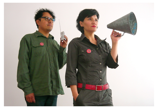 Centro Experimental Oído Salvaje: Fabiano Kueva y Mayra Estévez © Centro Experimental Oído Salvaje. Fotógrafa: Sthefy Guerrón