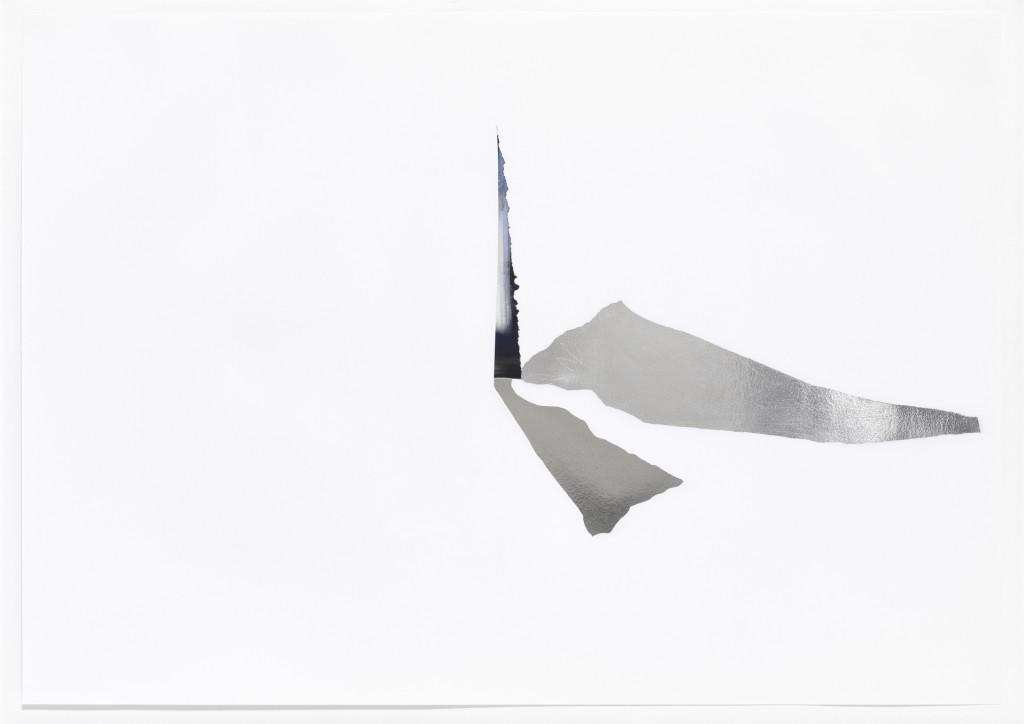 Bettina Khano, Raumstation, 2009, Collage auf Papier, Aluminiumfolie, 59 x 84 cm