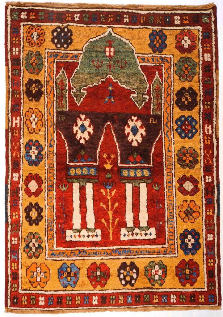 Konya –Ladik Knüpfteppich  142 x 106 cm  2. Hälfte 19. Jahrhundert  400 Knoten /dm²  © Martin Posth Collection