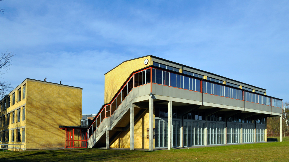 Bauhaus Denkmal Bundesschule Bernau Sporthalle / Gymnasium Photo credit: Holger Friese