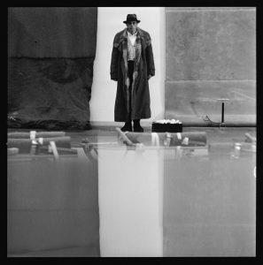 Lothar Wolleh, Portrait von Joseph Beuys, Stockholm, 1971 © Oliver Wolleh || ARTPRESS Ute Weingarten